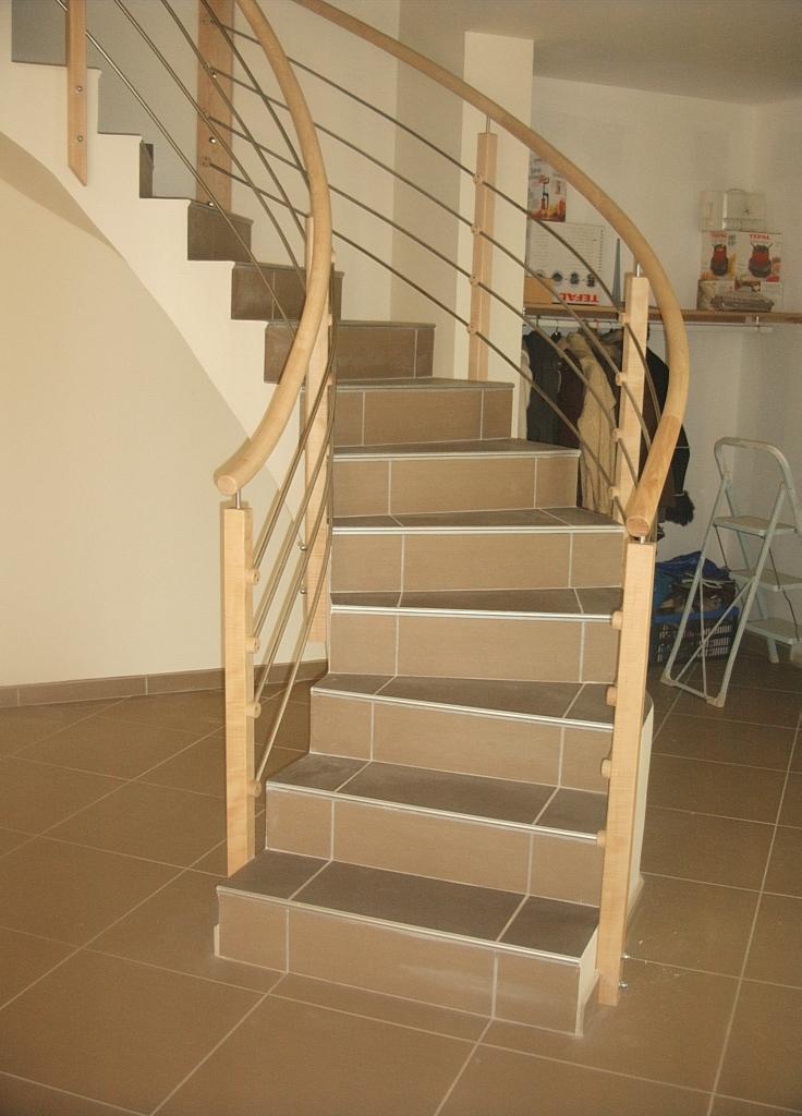 fabriquer un limon ou une rampe d 39 escalier d billard. Black Bedroom Furniture Sets. Home Design Ideas
