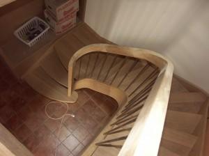 Départ d'escalier en lamellé collée