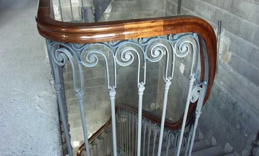 Wreathed handrails